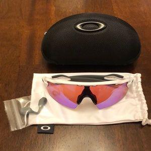 Oakley Prizm Radar EV Pitch Sunglasses